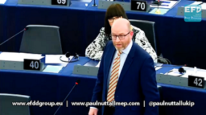 Picture of Paul Nuttall speaking in the European Parliament